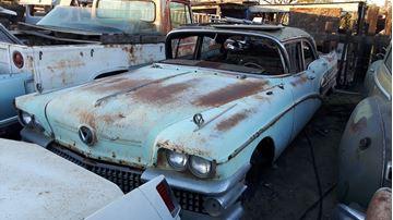 Bilde av 1958 Buick parts cars