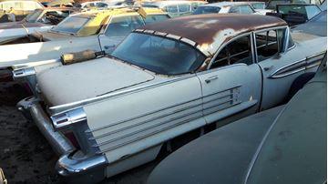 Bilde av 1958 Oldsmobile super 88 parts car
